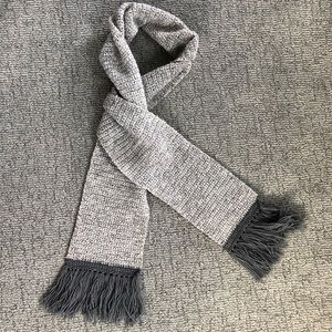 Long Cozy Knitted Scarf!
